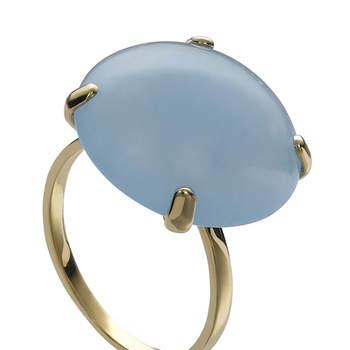 Si quieres llevar algo azul el día de tu boda, puedes optar por esta preciosa sortija de oro y jade.  Foto: Chancejoyas. http://www.chancejoyas.com