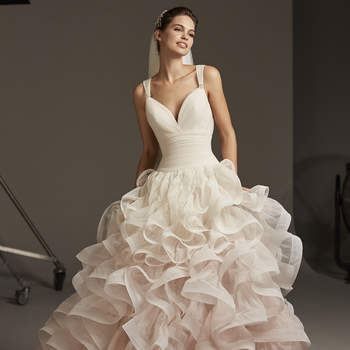 Stella, Cruise Collection Pronovias 2020
