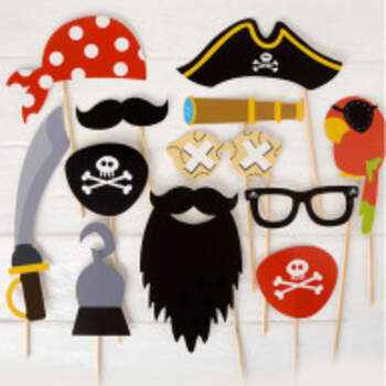 Kit Photo Booth Pirates 12 Pièces - The Wedding Shop !