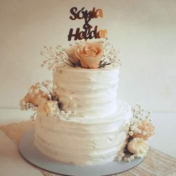 Os bolos feitos com buttercream são uma otima opção e ficam simples, saborosos e delicados. | Créditos: Bolos com Encanto