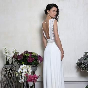 Robe de mariée intemporelle modèle Montmartre - Crédit photo: Elsa Gary