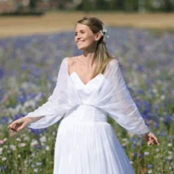 Robe de mariée Plumetis, vue de face - Crédit photo: Catherine Varnier