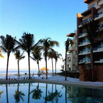 "<a href=""https://www.zankyou.com.mx/f/hotel-now-amber-puerto-vallarta-45075""> Foto: Now Amber Puerto Vallarta </a>"