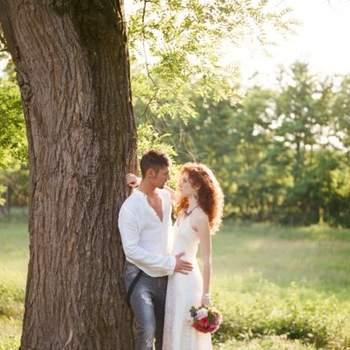 Свадьба  в стиле хиппи Esther и Gabe. Фотограф: Bell Studio