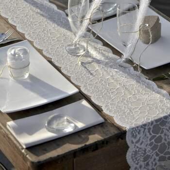 Rouleau De Table Motif Dentelle 18cm - The Wedding Shop !