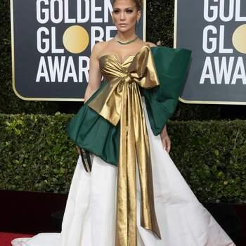 Jennifer Lopez in Valentino   Credits: Cordon Press