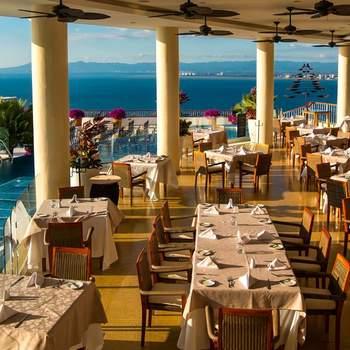 "<a href=""https://www.zankyou.com.mx/f/hotel-grand-miramar-puerto-vallarta-jalisco-50226""> Foto: Hotel Grand Miramar Puerto Vallarta </a>"