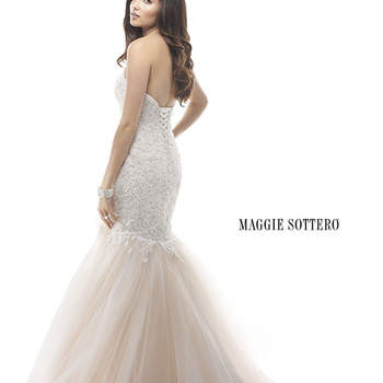 """<a href=""""http://www.maggiesottero.com/dress.aspx?style=4MW891"""" target=""""_blank"""">Maggie Sottero Platinum 2015</a>"""