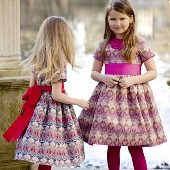 Preciosos vestidos de cuadros para niñas. Disponibles en rojo y rosa. Foto: Óscar de la Renta.