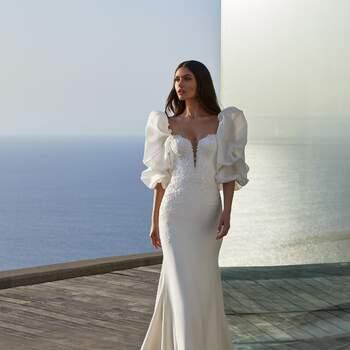 Pronovias Premiere 2021. Modelo Clara