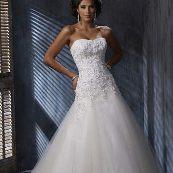"""<a href=""""http://www.maggiesottero.com/dress.aspx?style=A3443"""" target=""""_blank"""">Maggie Sottero Platinum 2015</a>"""