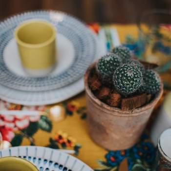 Photo : Margaux Pastor - Papeterie : Atelier Eksento - Vaisselle : Boutique nous - Fleurs : Aude Rose