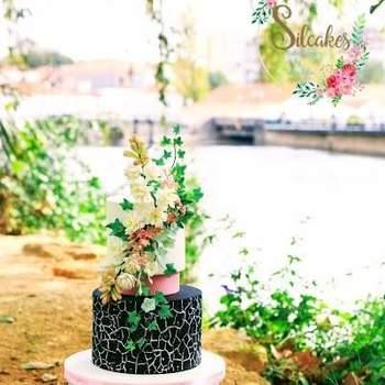 Os bolos de casamento, hoje em dia, são verdadeiras obras de arte | Créditos: Atelier Silcakes- Cake Design by Sílvia Silva3