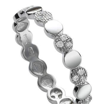 Combina el oro blanco con los diamantes en tu gran día y tendrás el acierto asegurado. Foto: Chacejoyas. http://www.chancejoyas.com