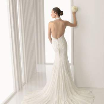 O vestido frente única é a opção de muitas noivas, especialmente aqueles que se casarão no verão. E são muitos modelos e estilos diferentes. Veja estes modelos de vestidos que o Zankyou separou e inspire-se para escolher seu vestido.