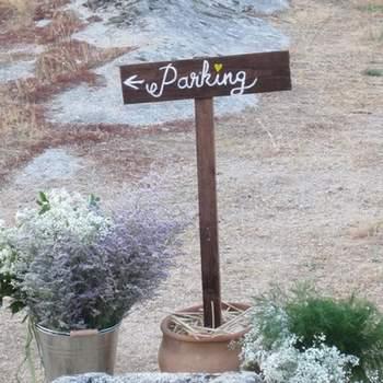 Detalle de otro de los paneles indicadores que Eva y Verónica decoraron para los novios. Foto: oh!myWedding. http://www.ohmywedding.es/