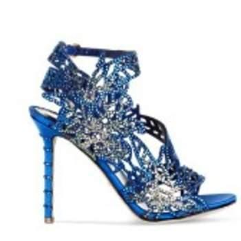 Chaussures de couleur bleue - Crédit photo: Sergio Rossi