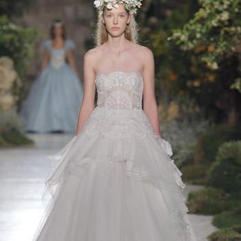 Kleid von Reem Acra. Credits_ Barcelona Bridal Fashion Week