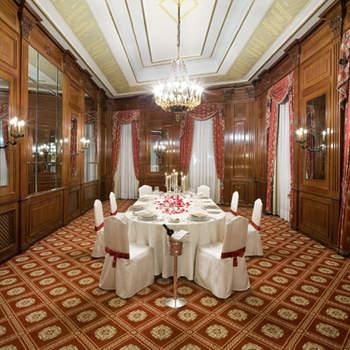 Una delle 14 sale dell'hotel Principe di Savoia