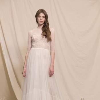 Photo : Printemps Mariage - Divine Atelier, robe Crista 3.450€