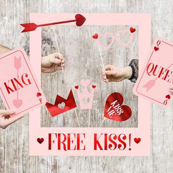 "Photobooth ""kiss love"" - Compra en The Wedding Shop"