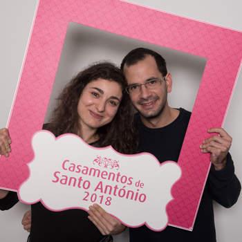 """<p><b>Rita Fonseca &amp; Samuel Almeida</b><p>Campolide<p>A Rita tem 30 anos e é Enfermeira; o Samuel tem 30 anos e é Vendedor. Vão ter um casamento católico.<p>Definem-se como """"casal maravilha"""""""