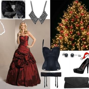 SEXY. Das rote Kleid aus der Braut- und Abendmoden Kollektion des deutschen Labels Kleemeier macht sich wunderbar unterm Weihnachtsbaum. Mit den trendigen High Heels von Ravel aus Leder mit Lackapplikationen an der Spitze wird das festliche Hochzeitsoutfit abgerundet. Da das rote Brautkleid der Star des Outfits sein soll, fällt die Handtasche von See by Chloé eher schlicht aus. Da die deutschen Winter eher kühl sind, kann sich die Braut zum Aufwärmen die elegante Fell-Stola von Achberger überlegen. Unten drunter geht es heiß zu - eine sexy Corsage sowie Strumpfhalter von Triumph bringen die Kurven der Braut so richtig zur Geltung. Die Träger der Korsage lassen sich sogar abnehmen, damit auch nichts rausguckt. Veredelt wird der Weihnachts-Look mit schwarzen Perlenohrringen von Edelkontor sowie einem trendigen Perlencollier von River Island. Foto: Kleemeier (Deutschland).