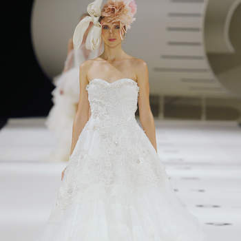 YolanCris 2019. Credits: Barcelona Bridal Fashion Week