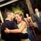 La felicidad se refleja siempre en la cara de los novios en su primer baile de casados. Foto: Chema Naranjo