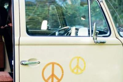 It's the summer of love... Inspiration for a hippie styled wedding