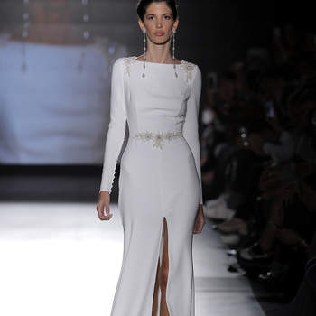 Photo : Rosa Clará. Credits: Barcelona Bridal Fashion Week