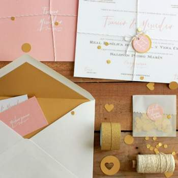 Photo: Lovely Paper by Romeos; Julietas