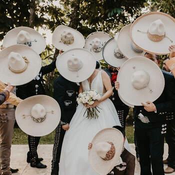 Wedding planner/creator: Badel Gómez Nechar | Photographer: Cuartoazul weddings