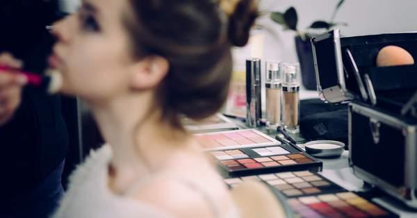 2b5a0587d Los 10 mejores maquilladores para novias en la región del Bío-Bío,  ¡artistas que te harán brillar con luz propia!