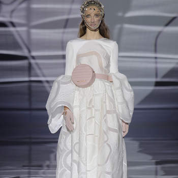 Isabel Zapardiez. Credits_ Barcelona Bridal Fashion Week(3)