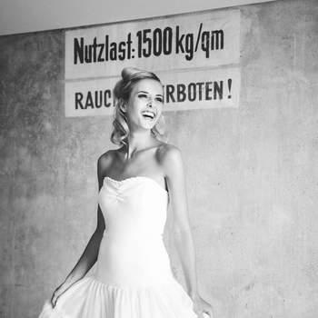 "Foto: <a href=""http://zankyou.9nl.de/b2sf"" target=""_blank"">Lindegger küssdiebraut<a />"