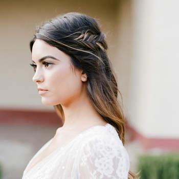 Penteado para noiva com cabelo solto   Credits: Jose Villa Photography