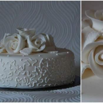 Bolos de sonho para o seu casamento, made in Portugal? Difícil é escolher! Hoje apresentamos-lhe mais uma talentosa cake designer portuguesa: Tea Bakes.