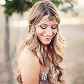 Penteado para noiva com cabelo solto     Credits: Clayton Austin Photography