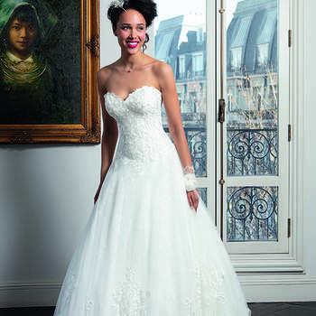 Photo : Les Mariées de Talia - Bella Créations, robe Renouka
