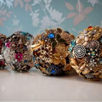 Brooch Bouquet by Nicola Garret