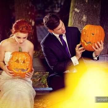 Vestido de novia: Wedding Salon Adria traje, camisa, gemelos, corbata: Robert Dziekoński Maestro Sastrería