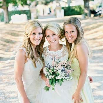 Credits: Wedding Hair in Provence