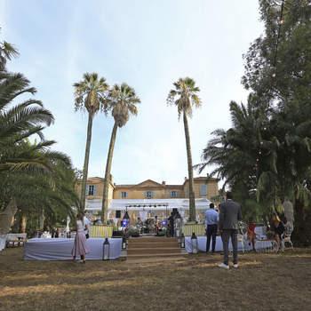 Photo : Château de Pampelonne - Ce somptueux château situé sur la légendaire presqu'île de Saint-Tropez saura faire de votre union, le plus beau jour de votre vie.