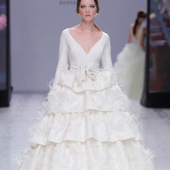YolanCris. Credits: Valmont Barcelona Bridal Fashion Week