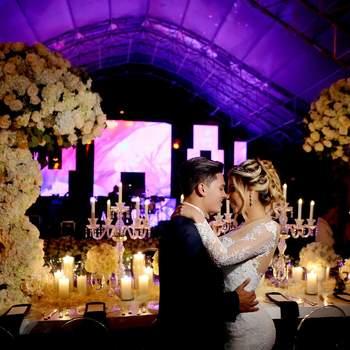 """<a href=""""https://www.zankyou.com.co/f/david-betancur-wedding-planner-floral-designer-426483"""" target=""""_blank""""> David Betancur</a>"""
