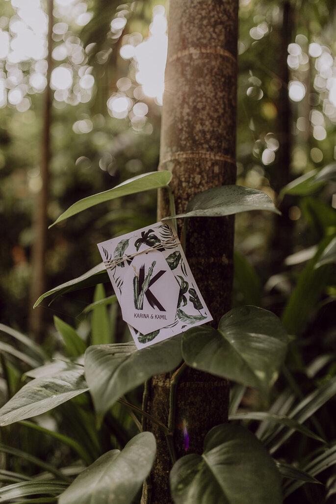 Hochzeitspapeterie mitten im Dschungel.