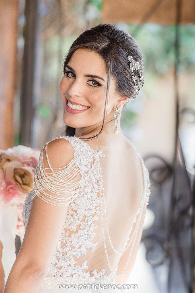 Vestido de noiva com renda soutache