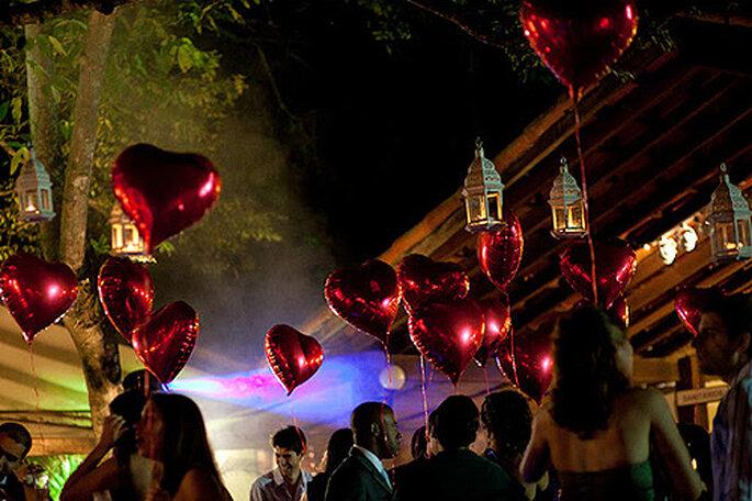¿Sabes cómo crear una lista de bodas original y útil para tu boda? Foto: Carlos Leandro