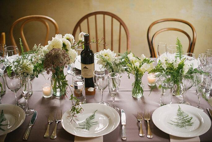 Blick auf elegant gedeckten Tisch